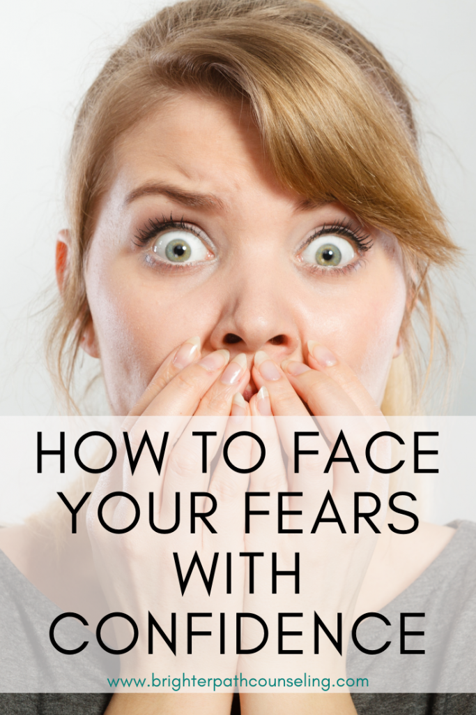 Every person struggles with fear, and sometimes it can make it difficult to enjoy your life.  Learn how fear becomes bigger in your mind, and how to face it! #faceyourfear #anxietytips #overcomefear